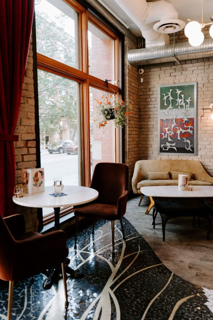 Swanky Chicago Cafe Installation